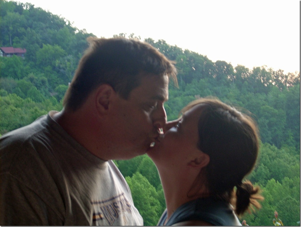 tennessee kissing